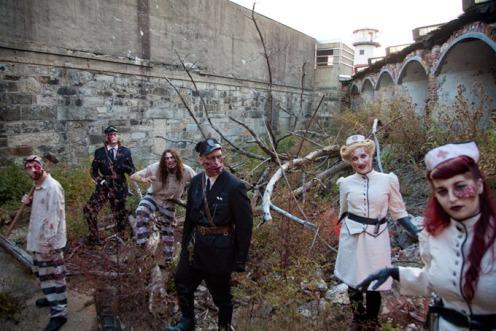 Terror-Behind-The-Walls-Halloween-Wknd-680uw